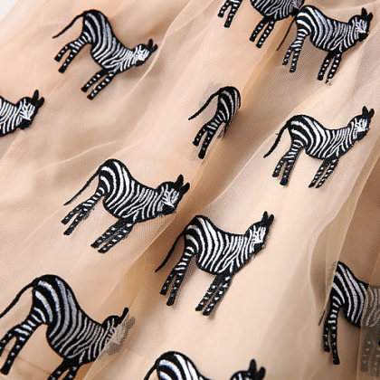 Spring new zebra embroidered net ya..