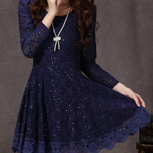 Ruffled Design Long Sleeve Lace Dress