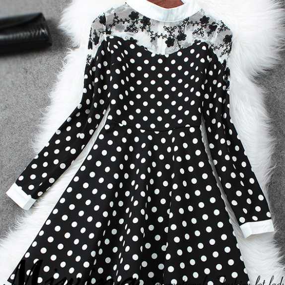 Polka Dot long-sleeved dress